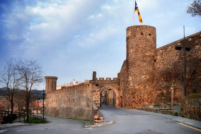 Patrimoni - bfbcf-hostalric-monumental-sld7.jpg