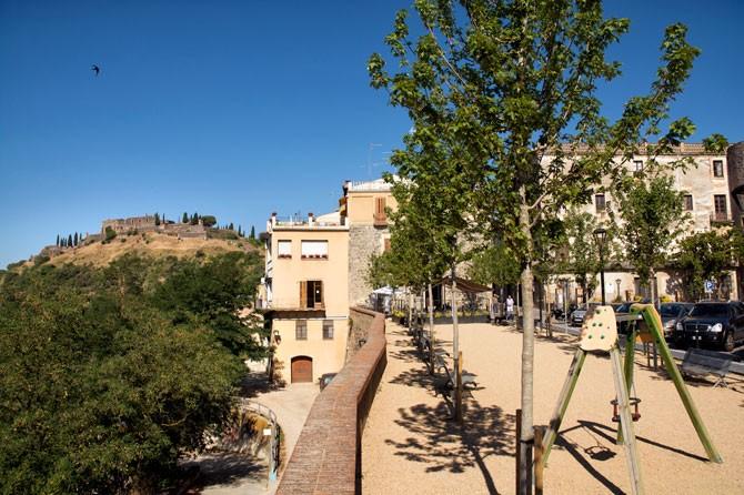 Patrimoni - d3c1e-hostalric-monumental-sld4.jpg