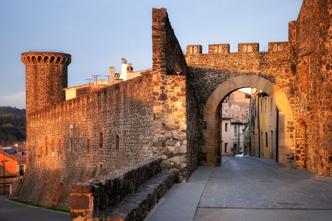 Patrimonio - d6551-hostalric-monumental-sld6.jpg