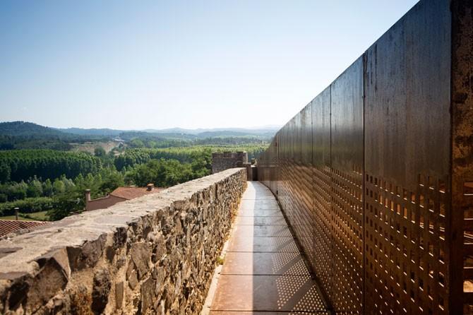 Patrimonio - ec230-hostalric-monumental-sld1.jpg